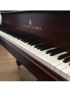 Piano à queue Steinway&Sons O