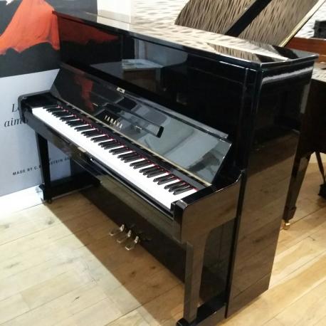 Yamaha U1