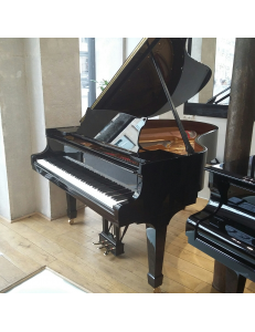 Steinway&Sons M